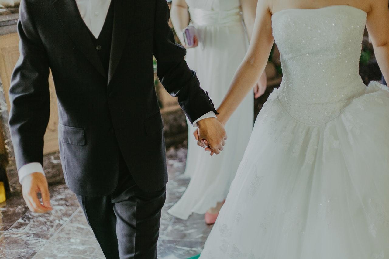 De do's en don'ts voor bruiloftskleding